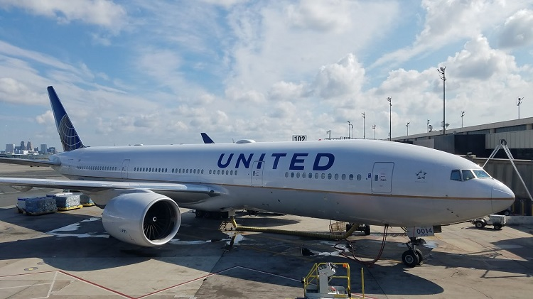 United Airlines pilots arrested on suspicion of being drunk