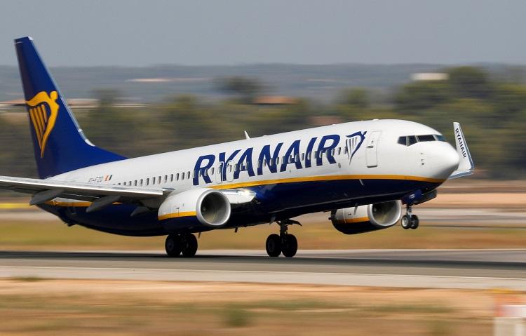 Ryanair passengers left locked in stairwell